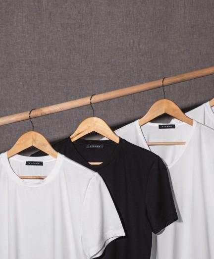 Eterna fehér színű kereknyakú póló
